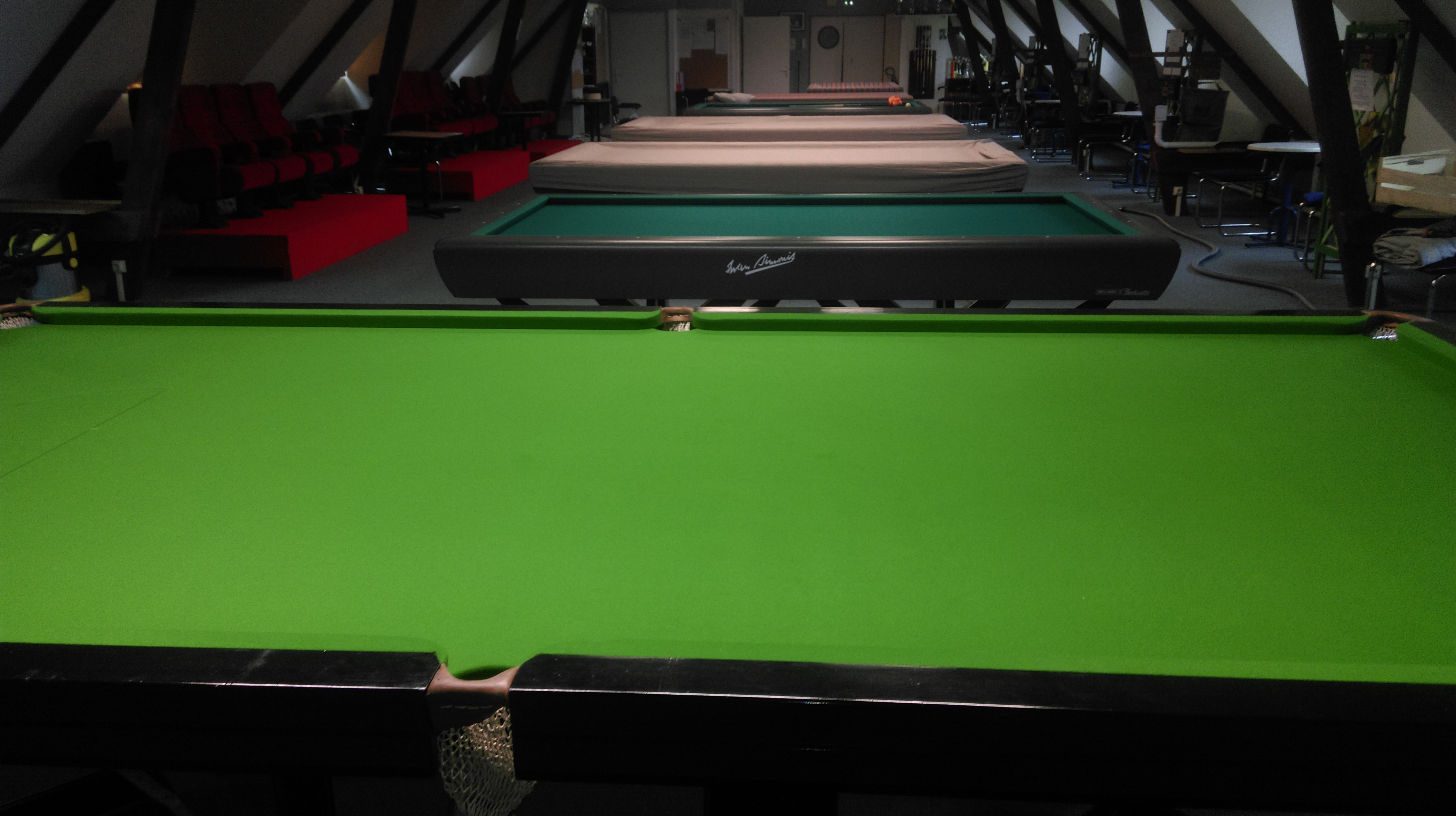 Un Snooker Au Bccl Billard Club Cep Lorient
